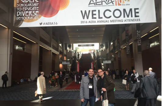 Eduardo Fernández y José Miguel Gutiérrez en el Congreso AERA en Washington