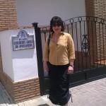 Milena Rodríguez, en la plaza Gertrudis Gómez de Avellaneda, Granada, 2011