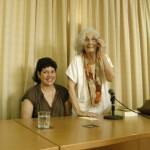 """Milena Rodríguez y Fina García Marruz,   presentación antología """"El Instante raro"""", La Habana, 2010 (Foto: Martha Vecino)"""